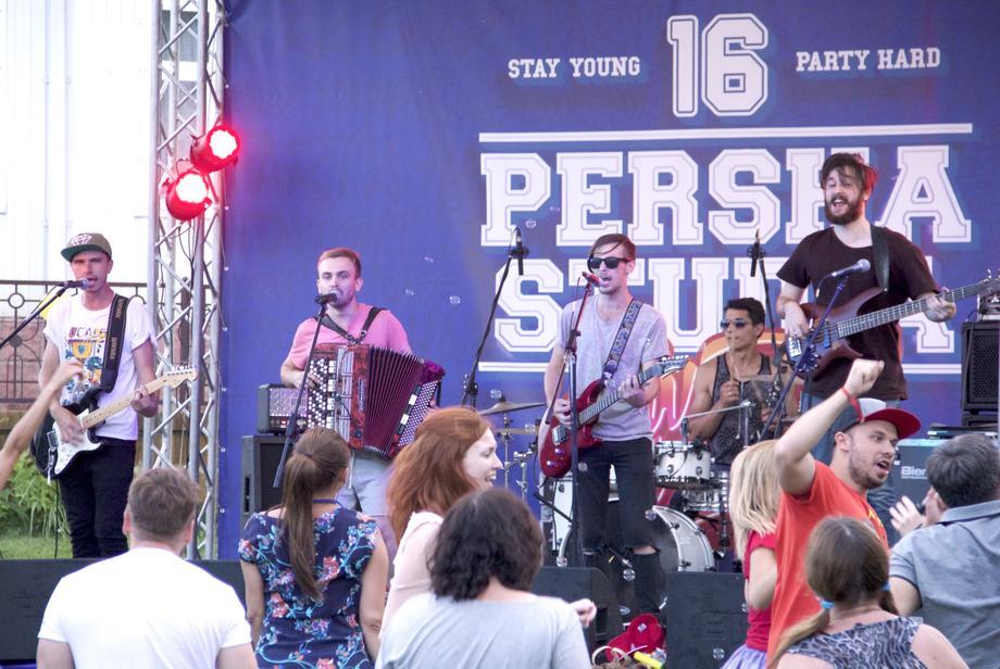 Группа ТяжелыеЛегкие - Музыкальная группа Ансамбль Певец  - Киев - Киевская область photo