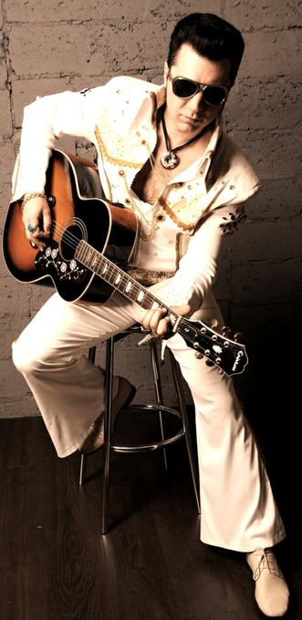 Двойник Элвиса Пресли (Elvis Presley) - Певец Оригинальный жанр или шоу Пародист  - Москва - Московская область photo