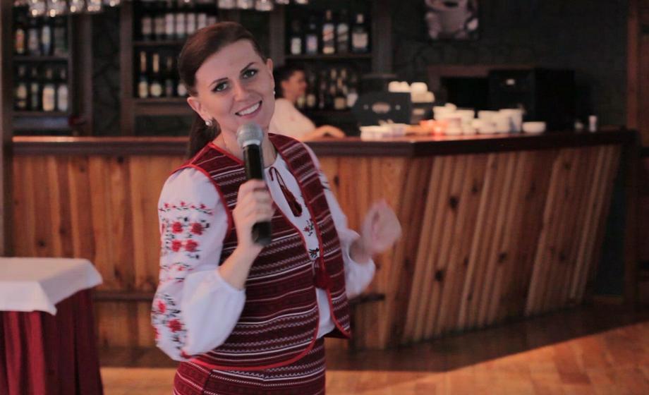 Ирина Хоменко - Ведущий или тамада Певец  - Киев - Киевская область photo