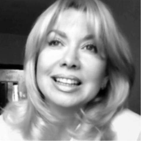 Лариса Шевченко - Ведущий или тамада Певец  - Москва - Московская область photo