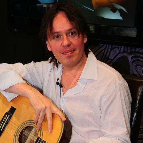 Закажите выступление Гитарист Алексей Ладыгин на свое мероприятие в Санкт-Петербург