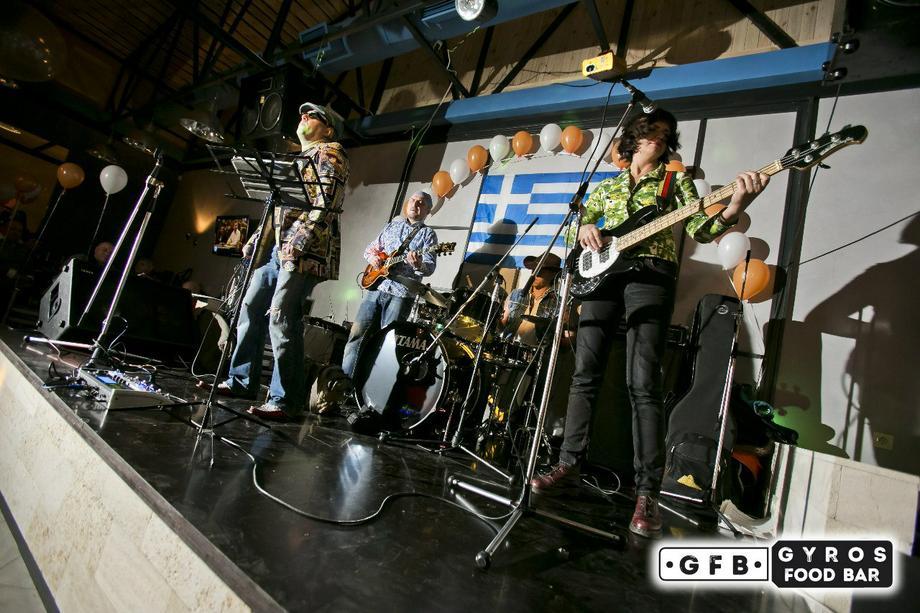 ПАРТИЗАНСКИЕ ВИТІВКИ - Музыкальная группа Ансамбль  - Киев - Киевская область photo