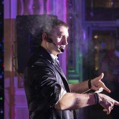 Закажите выступление Анатолий на свое мероприятие в Москва
