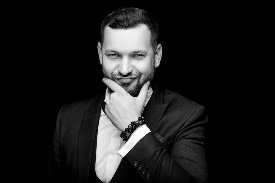 Ведущий Максим Олейник - Ведущий или тамада  - Харьков - Харьковская область photo