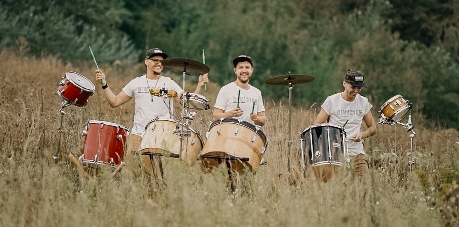 Drum Division - Ансамбль Музыкант-инструменталист Оригинальный жанр или шоу  - Киев - Киевская область photo
