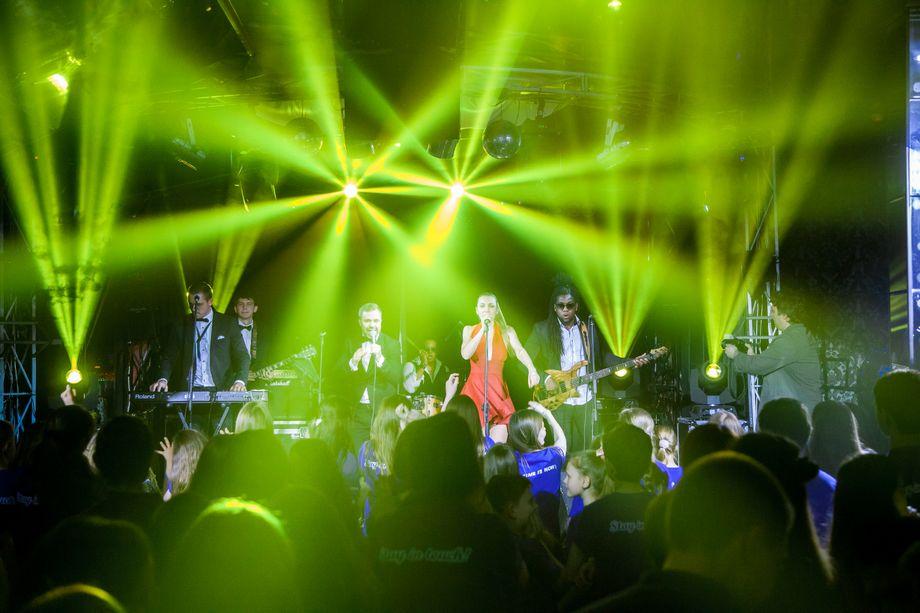 Luxury Cover Band - Музыкальная группа Певец  - Москва - Московская область photo
