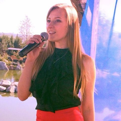 Закажите выступление Анна Алексеева на свое мероприятие в Днепропетровск