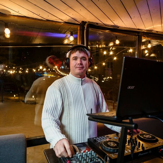 DJ KING - Ведущий или тамада Ди-джей Организация праздничного банкета  - Киев - Киевская область photo