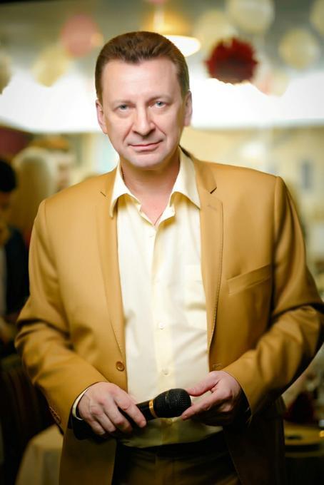 Ведущий Юрий Косолапов -  - Днепр - Днепропетровская область photo