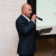 Закажите выступление Дмитрий Ларин на свое мероприятие в Киев