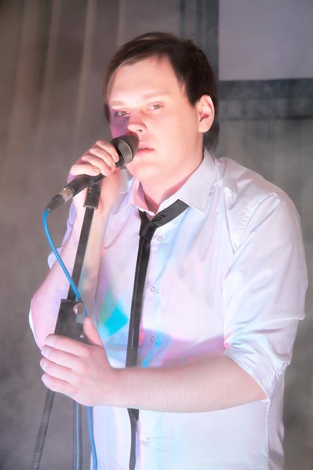 Евгений Сафонов - Музыкант-инструменталист Певец  - Торез - Донецкая область photo
