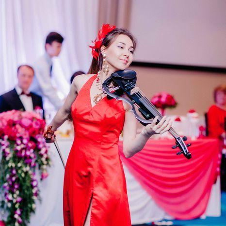 Закажите выступление Прима Скрипка- скрипачка на свое мероприятие в Санкт-Петербург