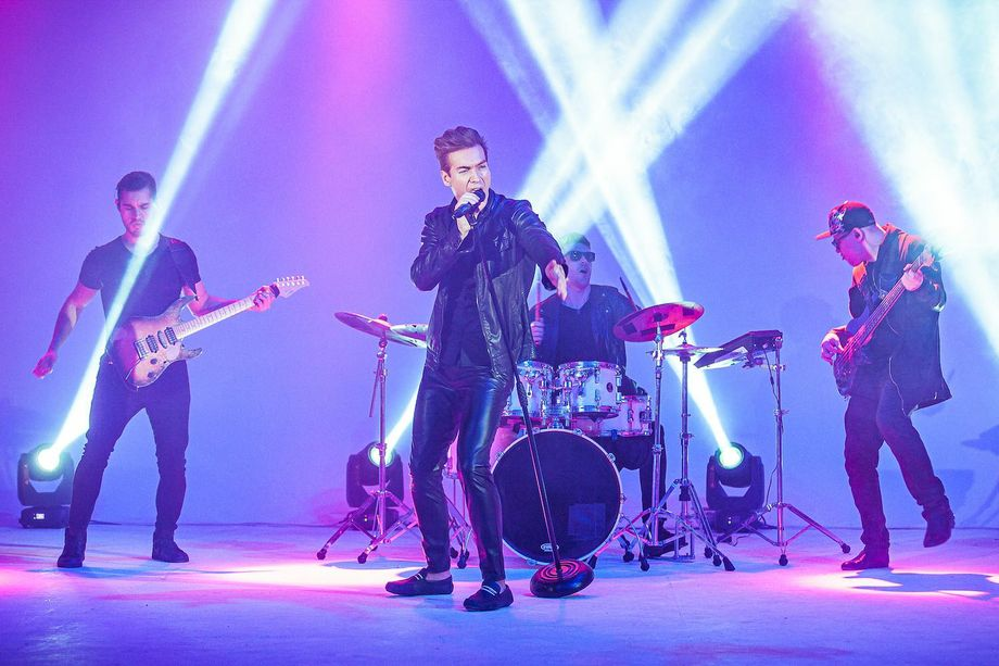 Кавер-группа «Каверзные» - Музыкальная группа Певец  - Москва - Московская область photo