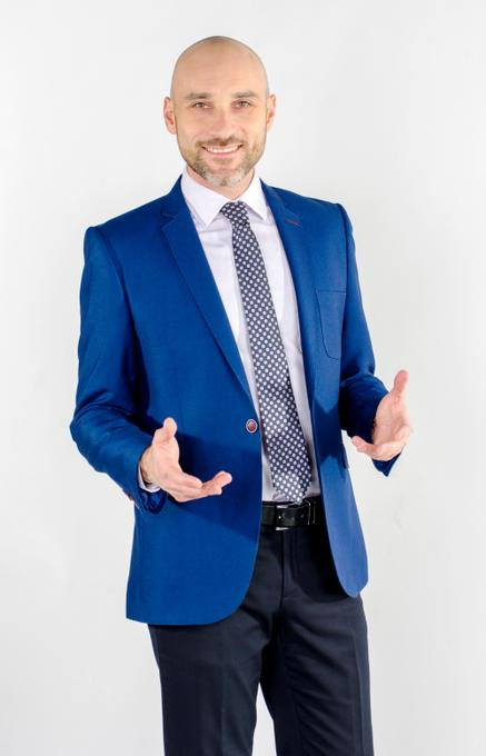 Антон Панарин - Ведущий или тамада Организация праздничного банкета Организация праздников под ключ  - Киев - Киевская область photo