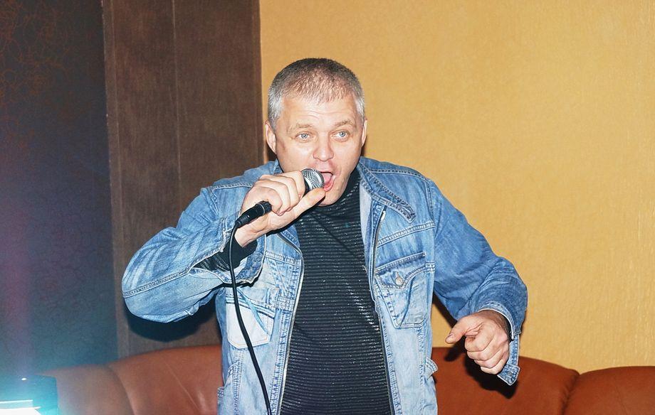 Вячеслав - Ведущий или тамада Ди-джей  - Харьков - Харьковская область photo