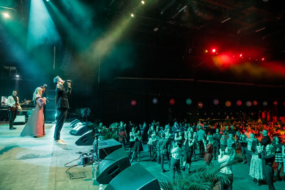 Luxury Band - Музыкальная группа Музыкант-инструменталист Ансамбль Певец Прокат звука и света Организация праздников под ключ  - Москва - Московская область photo