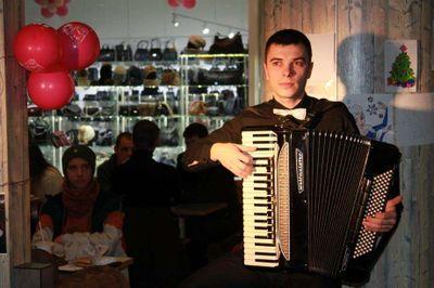 Роман Сопрун - Музыкант-инструменталист  - Харьков - Харьковская область photo