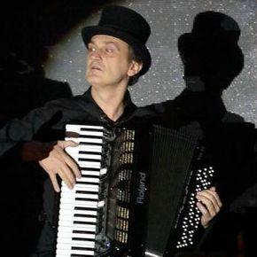 Данил Денисов - Музыкант-инструменталист , Киев,  Пианист, Киев Аккордеонист, Киев Гитарист, Киев
