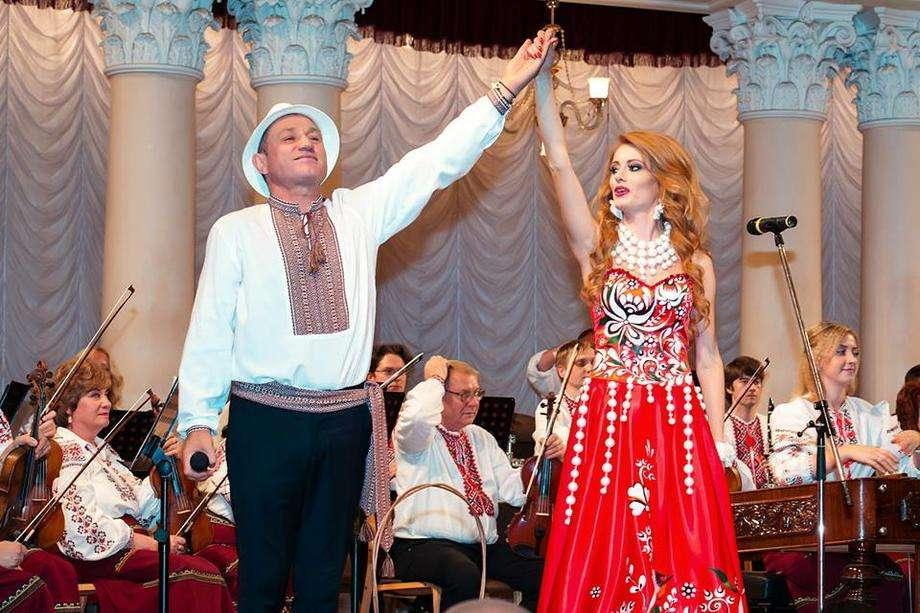 Анатолий Гнатюк - Ведущий или тамада Певец  - Киев - Киевская область photo