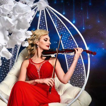 Закажите выступление Виктория,электроскрипачка на свое мероприятие в Киев