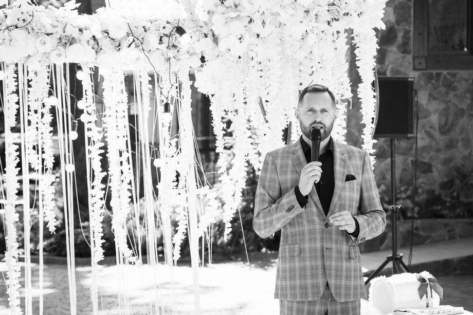Игорь Шклярук - Ведущий или тамада Ди-джей Организация праздничного банкета Прокат звука и света  - Киев - Киевская область photo