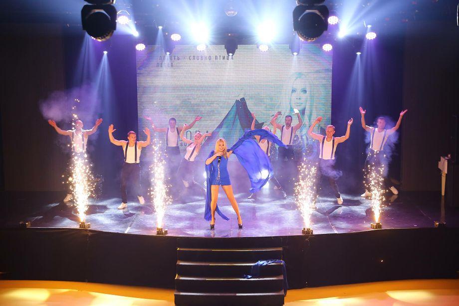 Lora Superfin - Певец  - Киев - Киевская область photo