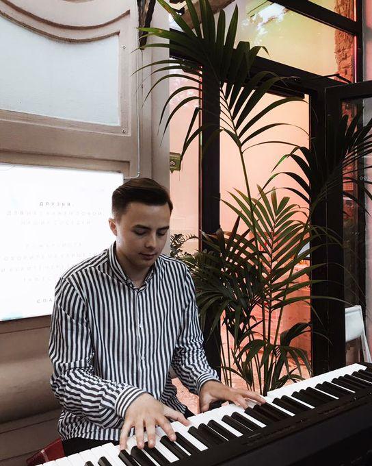 Юрий Салуха - Музыкант-инструменталист  - Киев - Киевская область photo