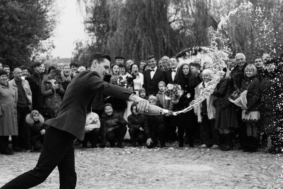 Николай Волков - Ведущий или тамада Певец Ди-джей  - Киев - Киевская область photo