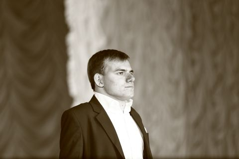Денис Мулик - Певец , Днепр, Организация праздничного банкета , Днепр,