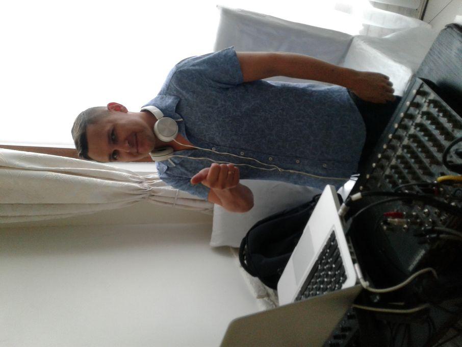 Александр Кичев (Диджей  Санческо) - Музыкант-инструменталист Ди-джей Организация праздничного банкета  - Одесса - Одесская область photo