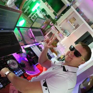 DJ WEB - Ди-джей , Одесса, Прокат звука и света , Одесса,  Свадебный Ди-джей, Одесса Lounge Ди-джей, Одесса House Ди-джей, Одесса Deep house Ди-джей, Одесса Techno Ди-джей, Одесса Ди-джей 90ые, Одесса