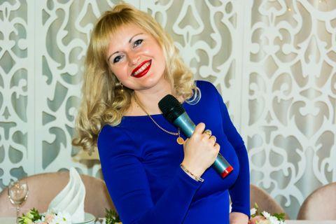 Закажите выступление Юлия Y&Y на свое мероприятие в Киев