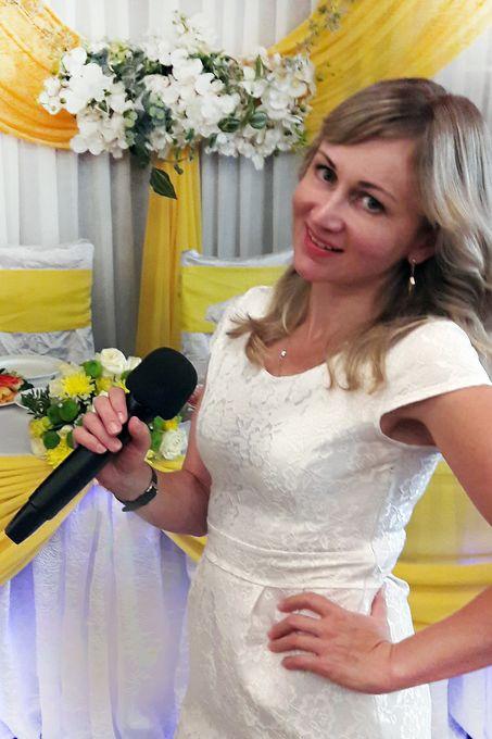 Руслана Дроженец (ведущая, тамада Сумы) - Ведущий или тамада Организация праздников под ключ  - Сумы - Сумская область photo