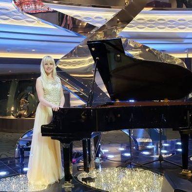 Закажите выступление Инна на свое мероприятие в Киев