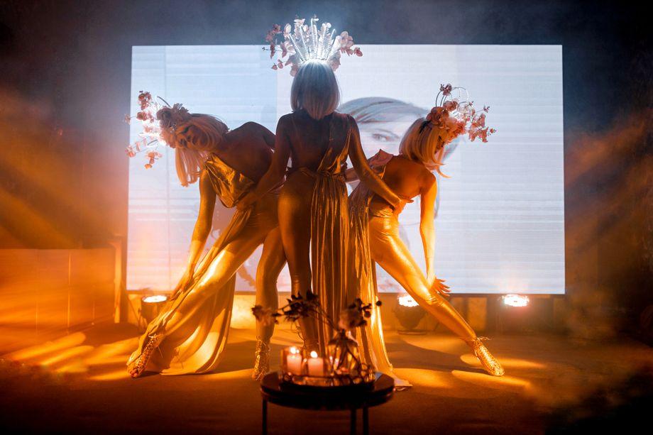 La DiVas dance performance -  - Киев - Киевская область photo
