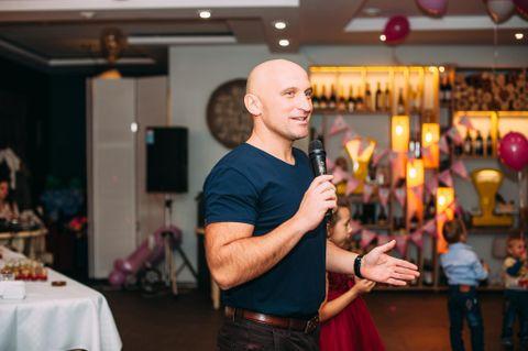 Закажите выступление Ведучий тамада Вадим Роз`їздний на свое мероприятие в Киев