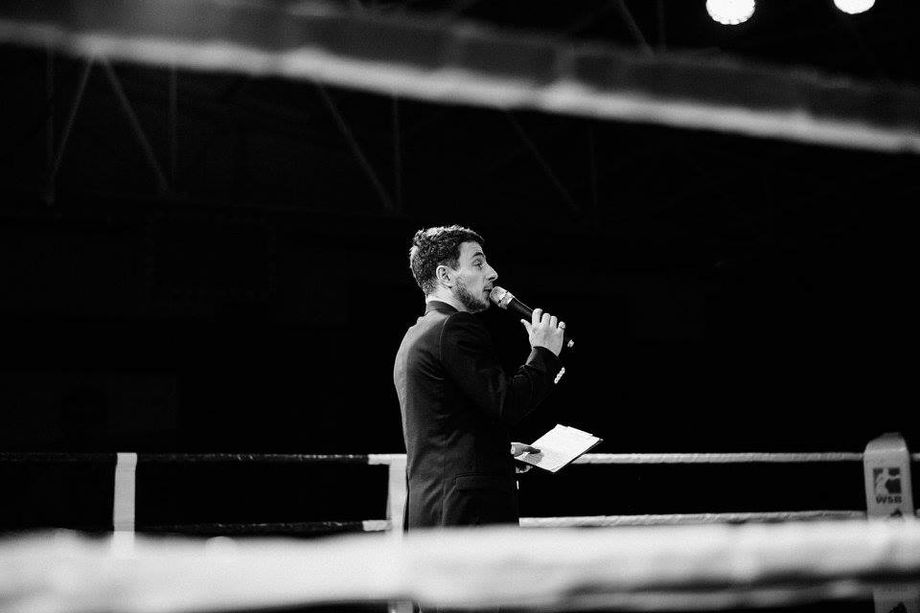 Ведущий Евгений Лыгин - Ведущий или тамада Ди-джей Организация праздников под ключ  - Винница - Винницкая область photo