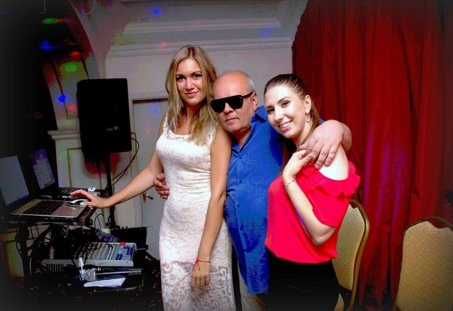DJ RETRO+Vocal duo - Ведущий или тамада Музыкальная группа Ди-джей Певец Прокат звука и света  - Одесса - Одесская область photo