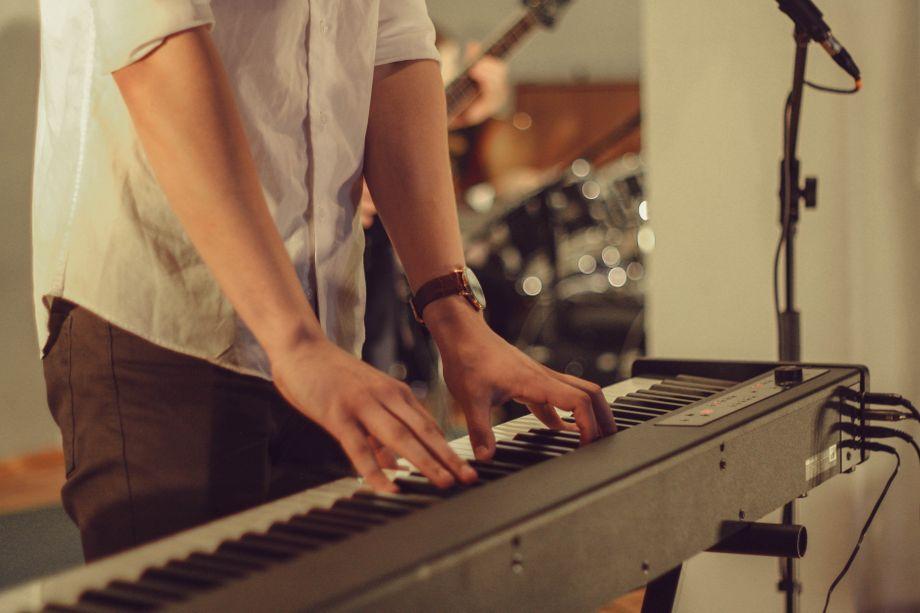Илья Лапко - Музыкант-инструменталист Певец  - Киев - Киевская область photo