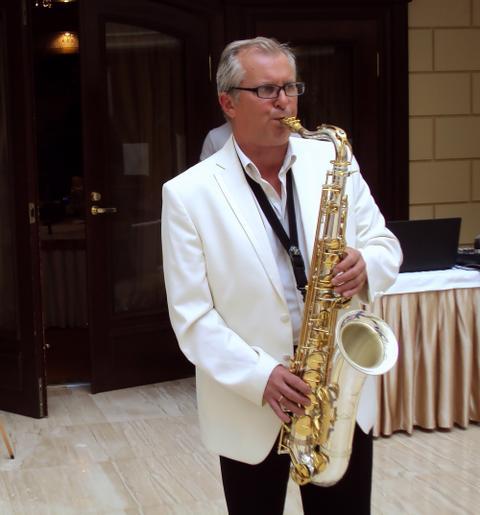 Игорь Зеленов - Музыкант-инструменталист , Санкт-Петербург, Ди-джей , Санкт-Петербург,  Саксофонист, Санкт-Петербург