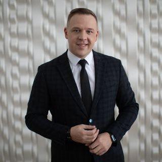 Закажите выступление Денис Гагарин на свое мероприятие в Москва