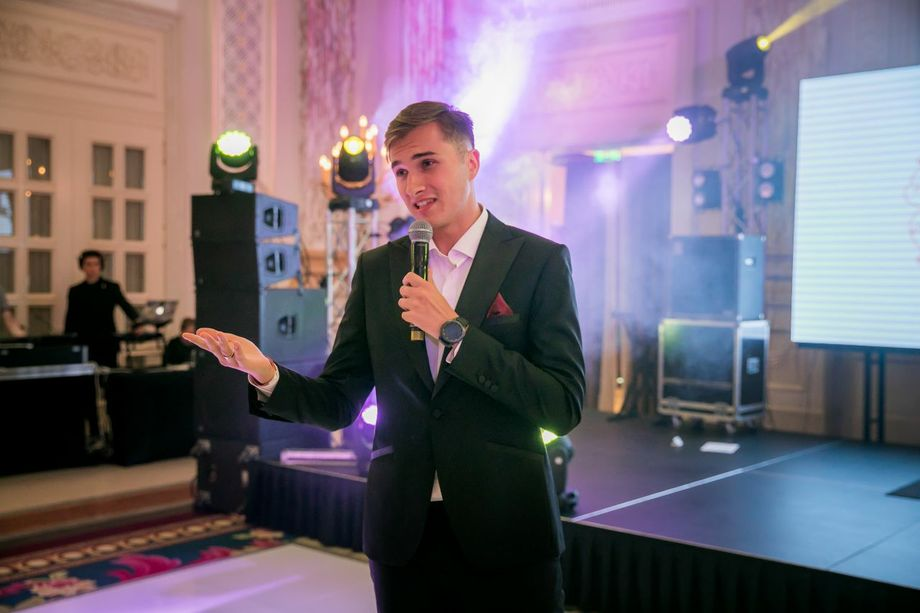 Дмитрий Кирш. Takudis Event School - Ведущий или тамада  - Киев - Киевская область photo