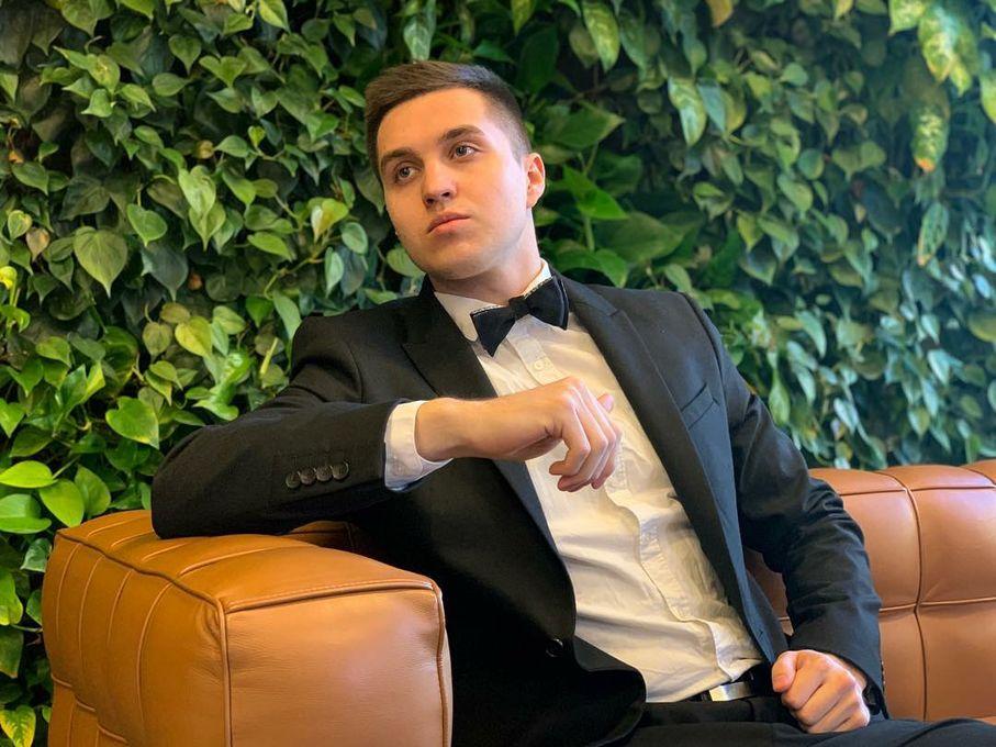 David Polovnev - Ведущий или тамада Певец  - Киев - Киевская область photo