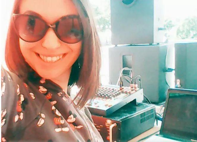Девушка диджей Disco 50-90х - Ди-джей Прокат звука и света  - Киев - Киевская область photo