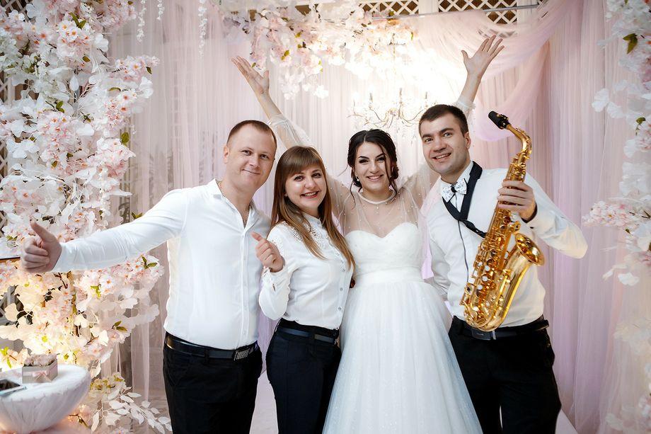 WMUSIC - Музыкальная группа Певец  - Одесса - Одесская область photo