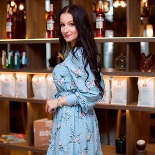 Закажите выступление Ольга Калашнікова на свое мероприятие в Хмельницкий