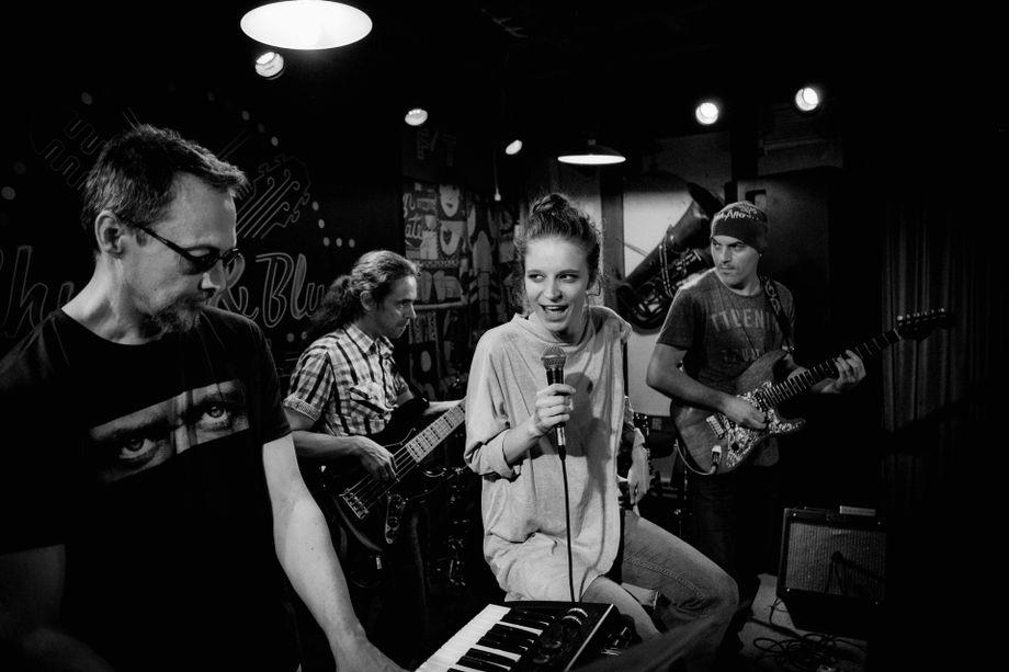 Денис - Музыкальная группа Певец  - Москва - Московская область photo