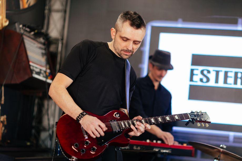 Ester House - Музыкальная группа  - Днепр - Днепропетровская область photo