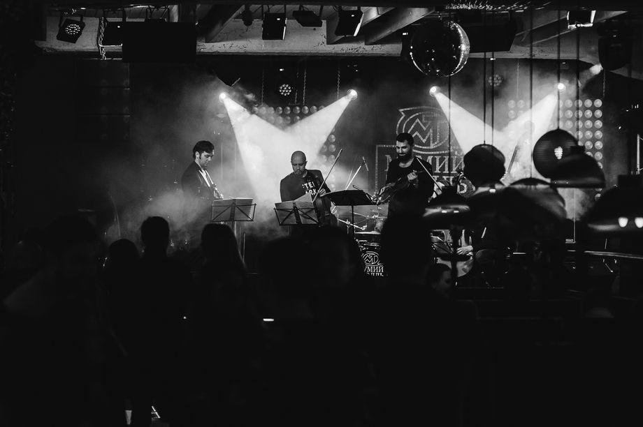Universal Music Band - Музыкальная группа  - Москва - Московская область photo