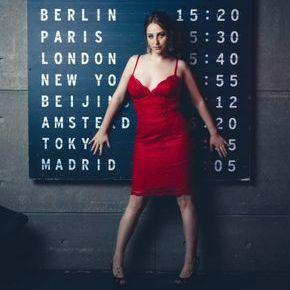 Закажите выступление Валерия Корсак на свое мероприятие в Москва